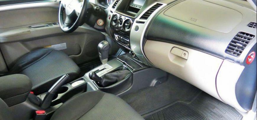Mitsubishi Montero 2009 - 8