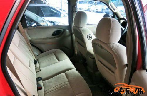 Ford Escape 2003 - 3