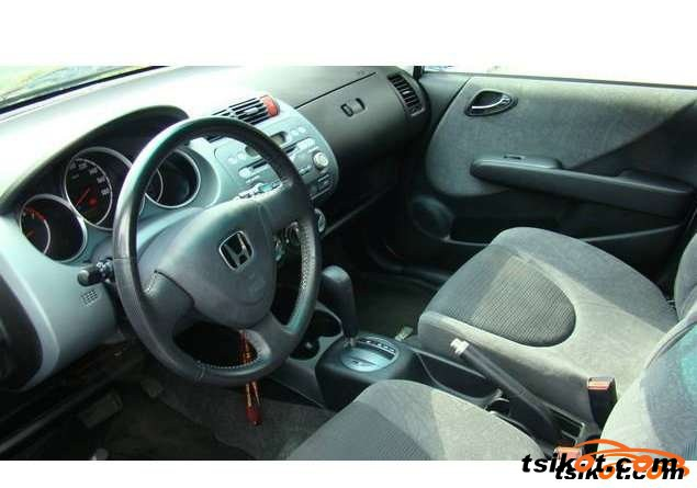 Honda Fit 2005 - 2