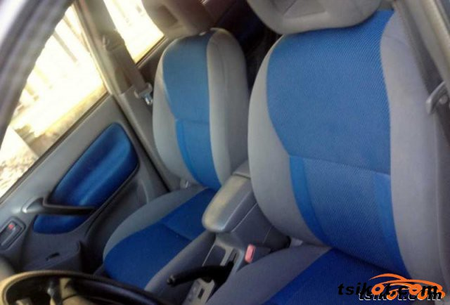 Toyota Rav4 2002 - 2