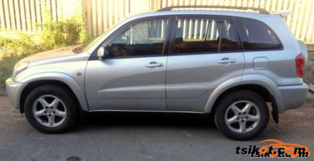Toyota Rav4 2002 - 5