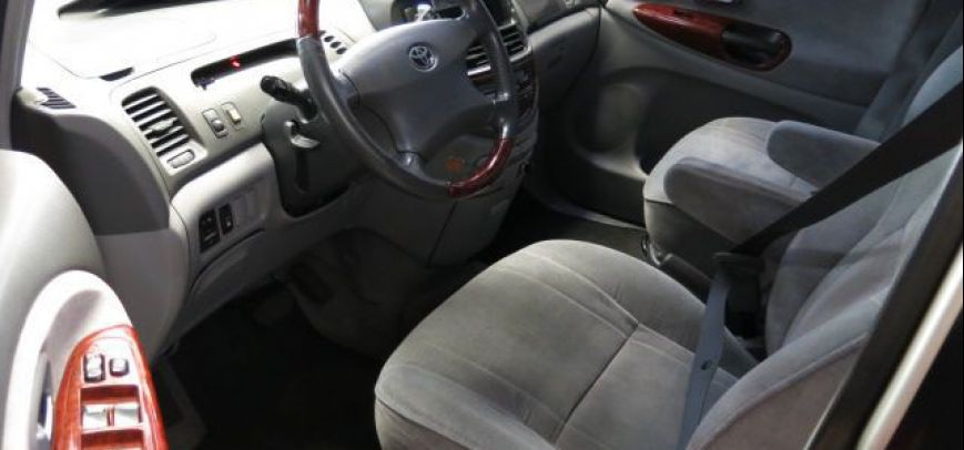 Toyota Previa 2013 - 9