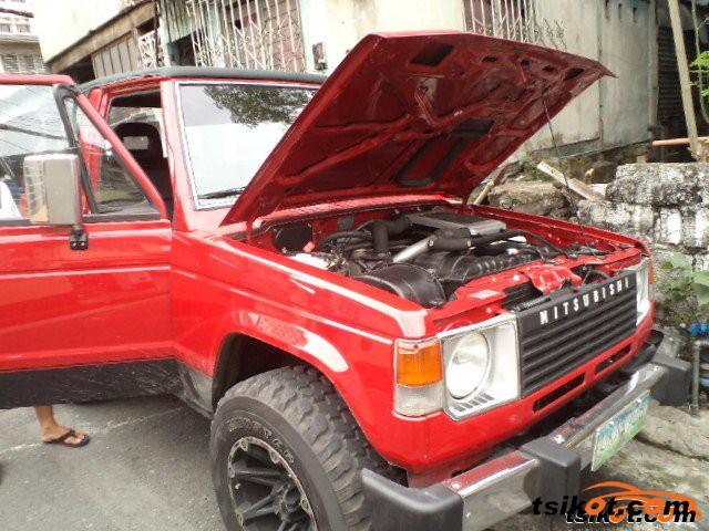 Mitsubishi Pajero 1990 - 3