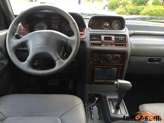 Mitsubishi pajero 2001 car for sale northern mindanao for Garage nael auto