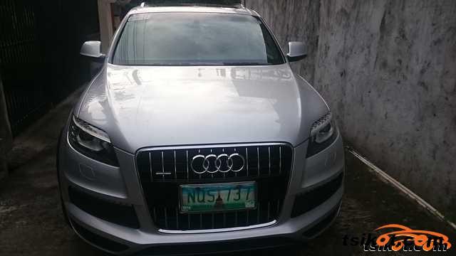 Audi Q7 2010 - 1