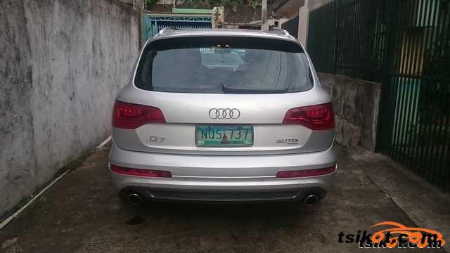 Audi Q7 2010 - 2