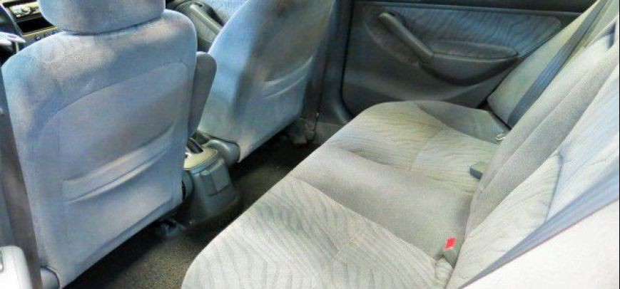 Honda Civic 2005 - 4