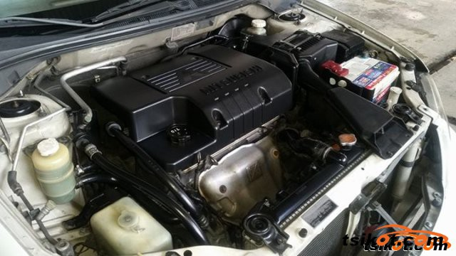 Mitsubishi Lancer 2004 - 5