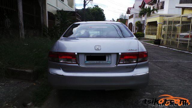 Honda Accord 2004 - 5