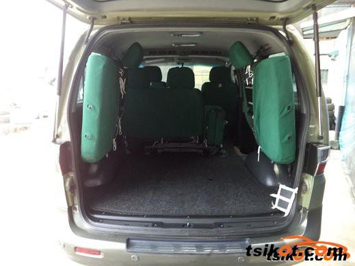 Hyundai Starex 2001 - 2