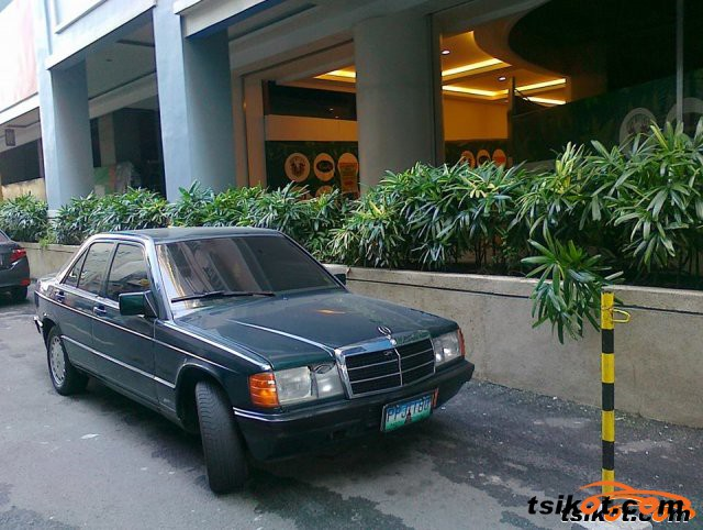 Mercedes-Benz 190 1995 - 1