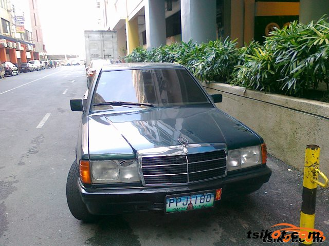 Mercedes-Benz 190 1995 - 4