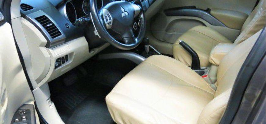 Mitsubishi Outlander 2009 - 8
