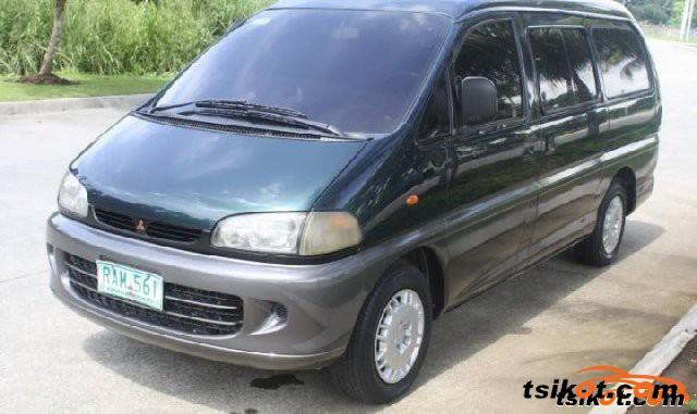 Mitsubishi Delica Space Gear 2004 - 5