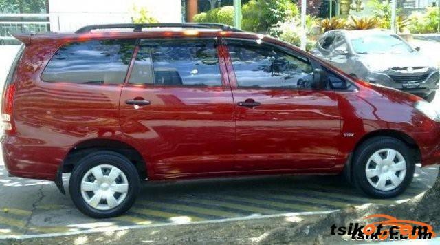 Toyota Innova 2005 - 2