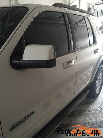 Ford Explorer 2008 - 3