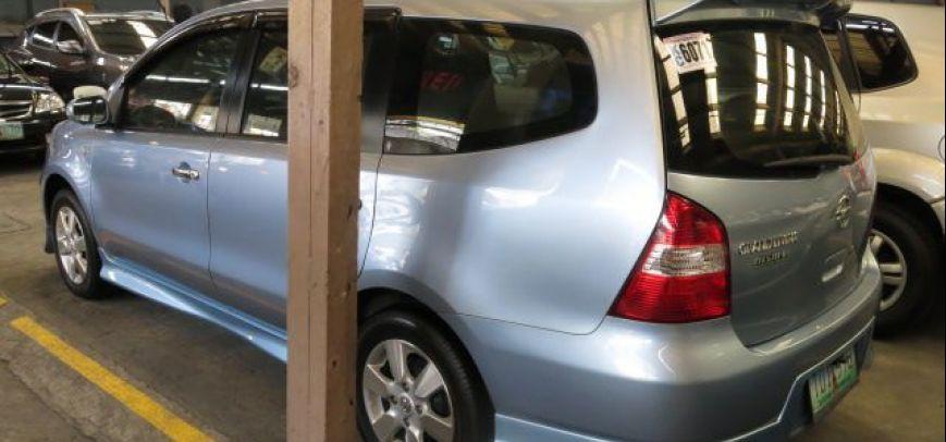Nissan Grand Livina 2010 - 9