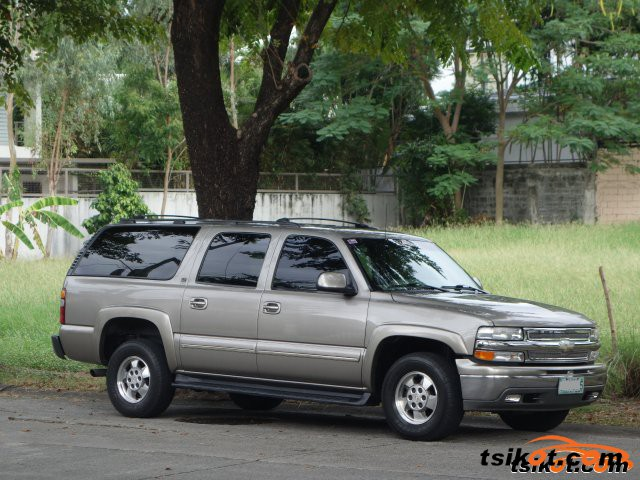 Chevrolet Suburban 2001 - 6