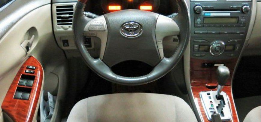 Toyota Corolla 2009 - 8