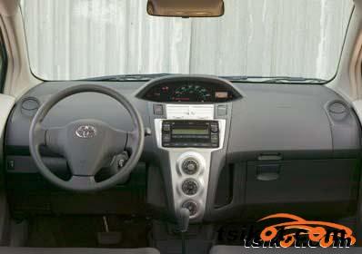 Toyota Yaris 2004 - 3