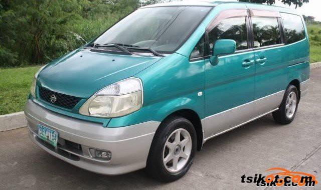 Nissan Serena 2010 - 4