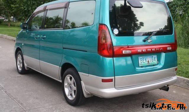Nissan Serena 2010 - 6