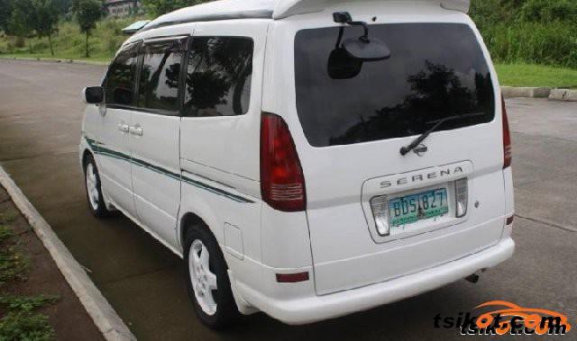Nissan Serena 2009 - 6