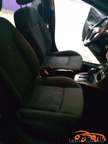 Ford Fiesta 2012 - 3