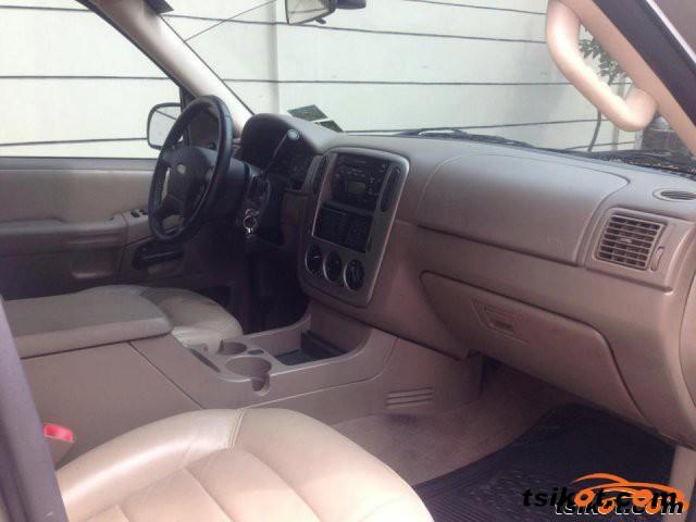 Ford Explorer 2006 - 4