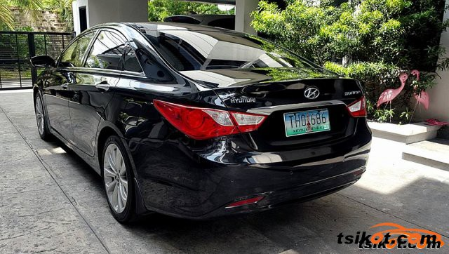 Hyundai Sonata 2012 - 4