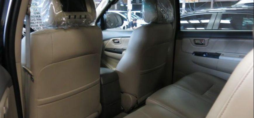 Toyota Fortuner 2012 - 6