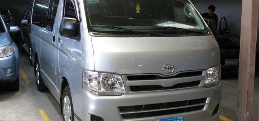 Toyota Hi-Ace 2013 - 2