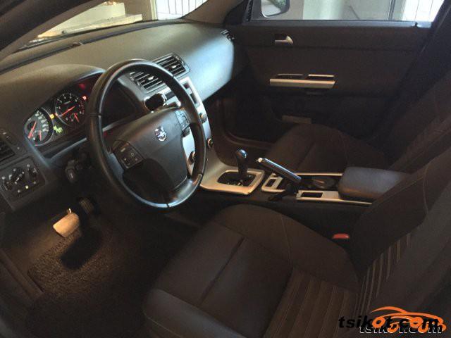 Volvo S40 2012 - 1