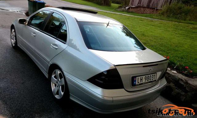 Mercedes-Benz 200 2001 - 4