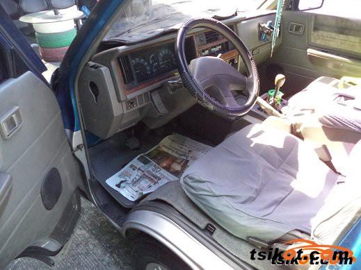 Nissan Vanette 1999 - 2