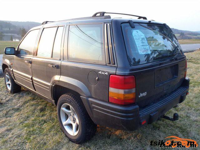 Jeep Grand Cherokee 2000 - 3