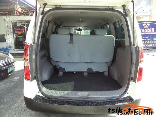Hyundai Starex 2011 - 4
