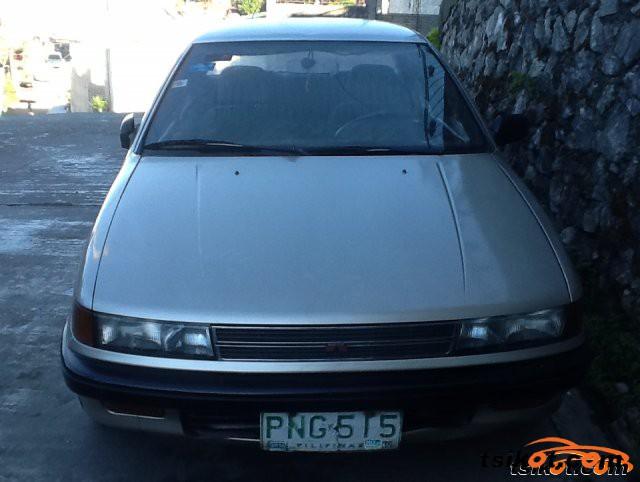 Dodge Lancer 1989 - 2
