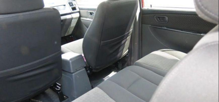 Mitsubishi Adventure 2010 - 4