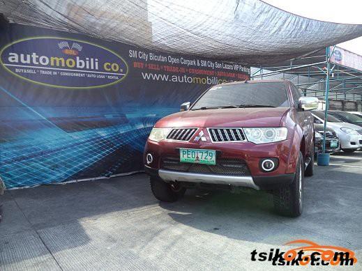 Mitsubishi Montero 2010 - 1