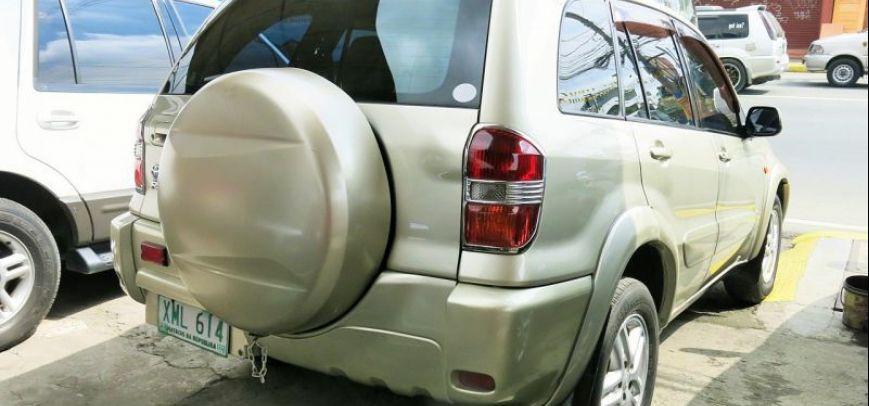 Toyota Rav4 2004 - 9