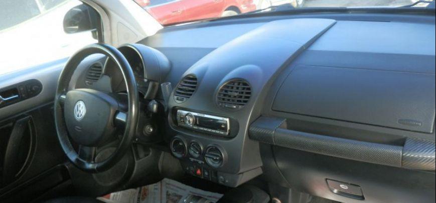 Volkswagen Beetle 2001 - 8