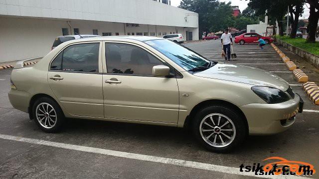 Mitsubishi Lancer 2010 - 1