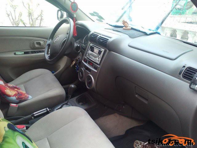 Toyota Avanza 2009 - 1