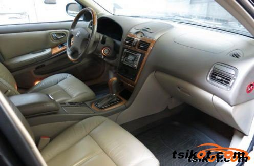 Nissan Cefiro 2005 - 4