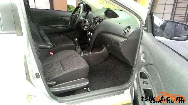 Toyota Vios 2009 - 5