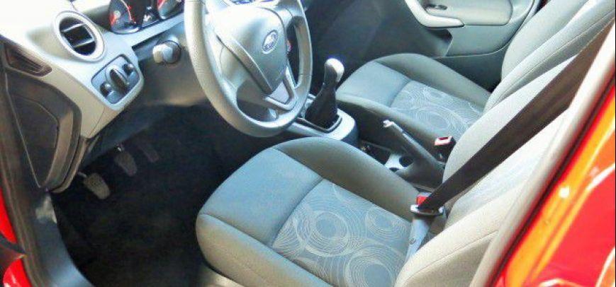 Ford Fiesta 2011 - 8