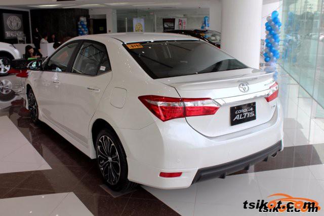Toyota Corolla 2016 - 1