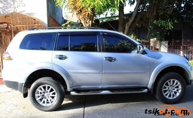 Mitsubishi Montero 2011 - 1