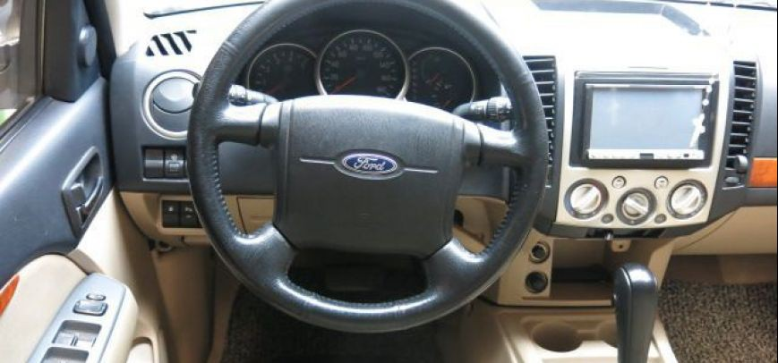 Ford Everest 2009 - 9